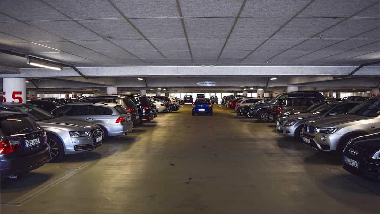 Garaje Privado En Una Comunidad Con Su Normativa