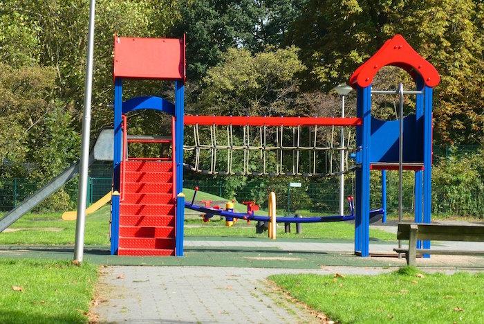 Mobiliario urbano para niños